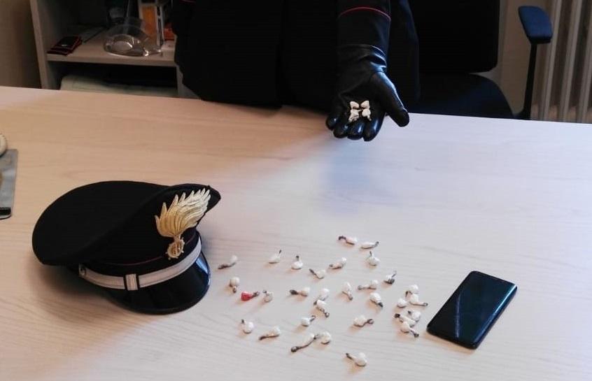 Trasportava cocaina in auto, arrestato 23enne