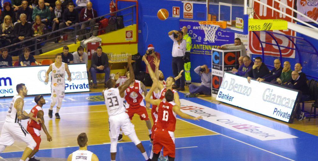 Basket, A2: troppa Udine per la Bakery, finisce 76-85