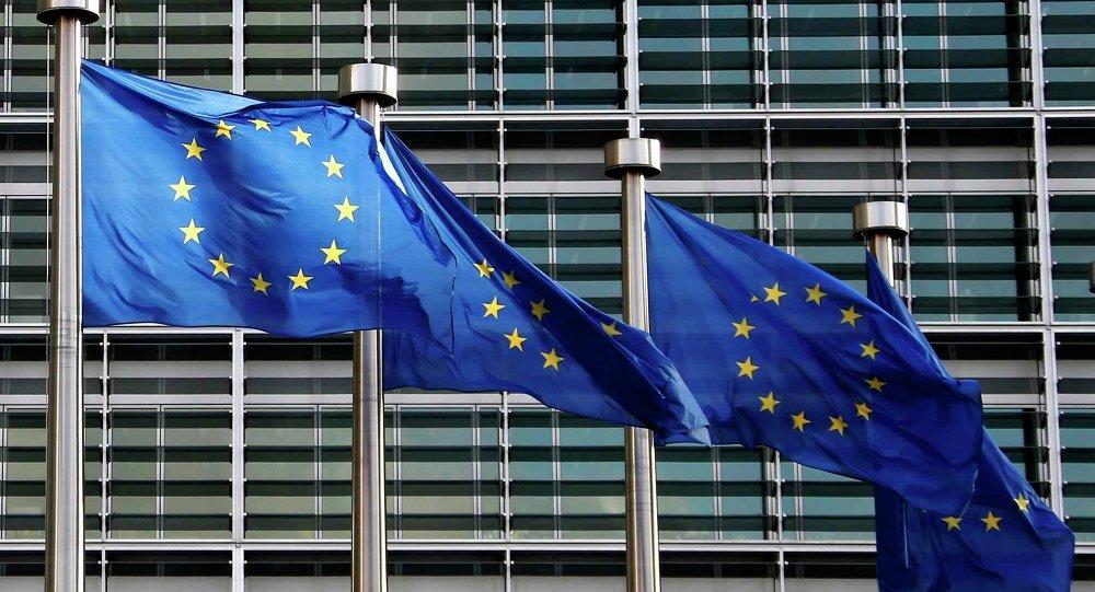 Eccesso di debito Pubblico, il Governo deve seguire le indicazioni europee di austerità o proseguire sulla sua strada? La Voce dei Piacentini